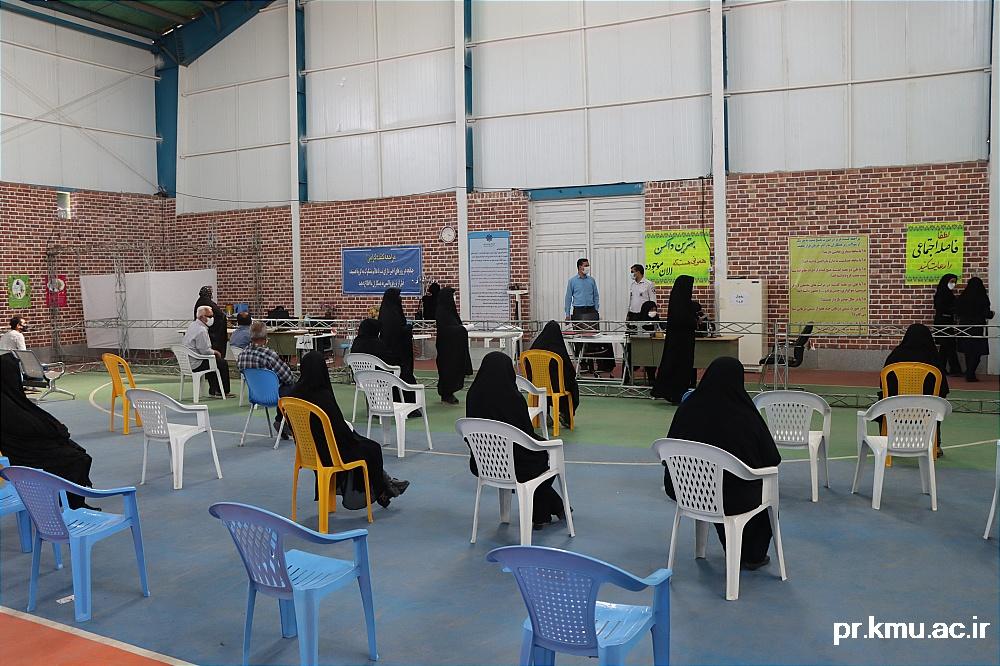 a (2)-گزارشی از روند فعالیت مراکز واکسیناسیون در سه شهرستان راور،کوهبنان و زرند