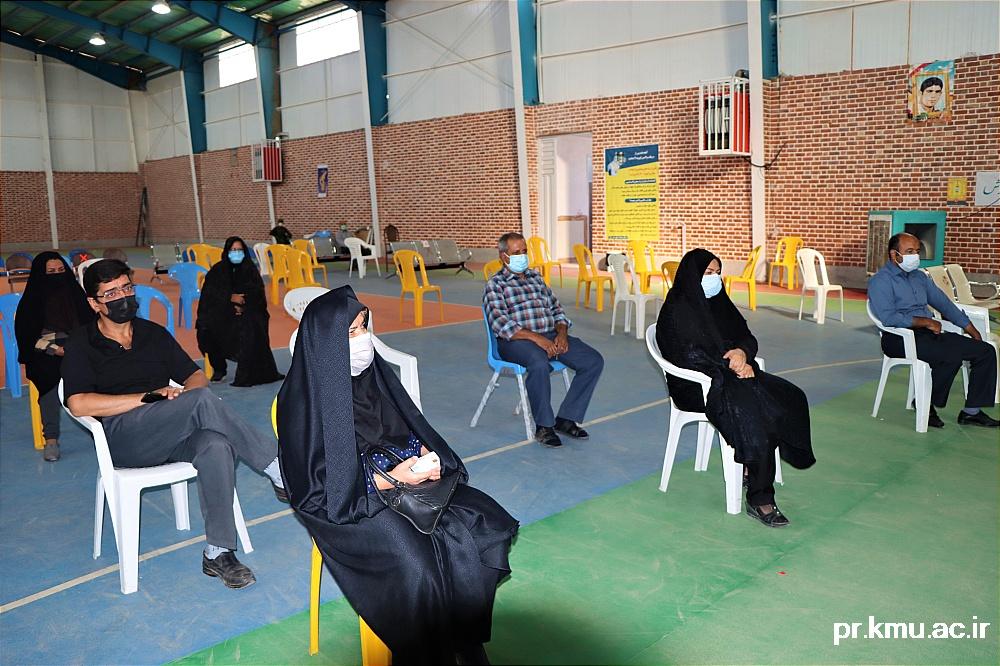 a (5)-گزارشی از روند فعالیت مراکز واکسیناسیون در سه شهرستان راور،کوهبنان و زرند