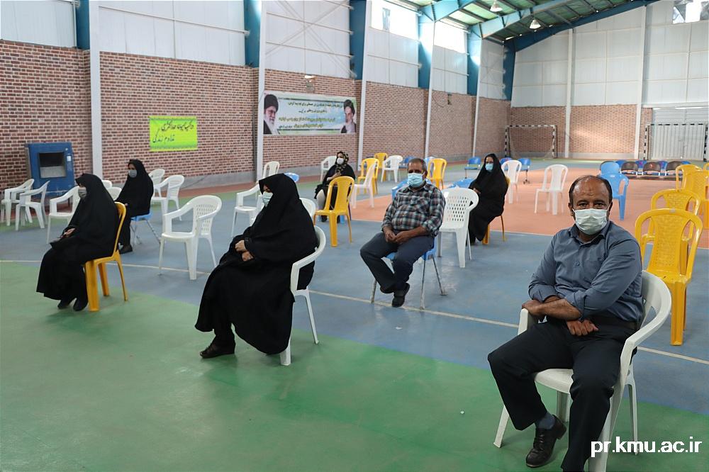 b (5)-گزارشی از روند فعالیت مراکز واکسیناسیون در سه شهرستان راور،کوهبنان و زرند