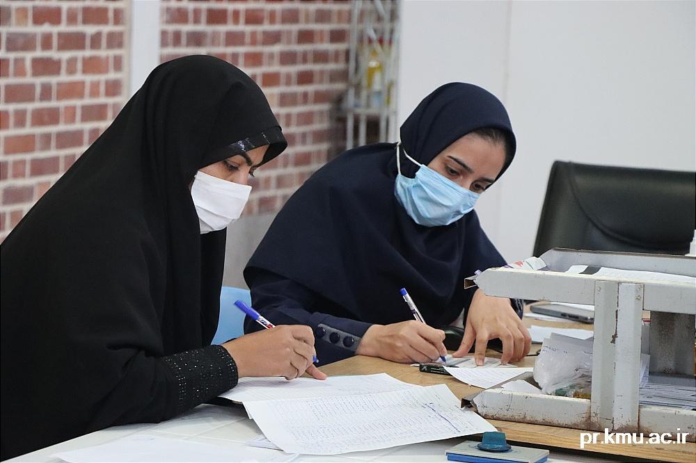 b (8)-گزارشی از روند فعالیت مراکز واکسیناسیون در سه شهرستان راور،کوهبنان و زرند