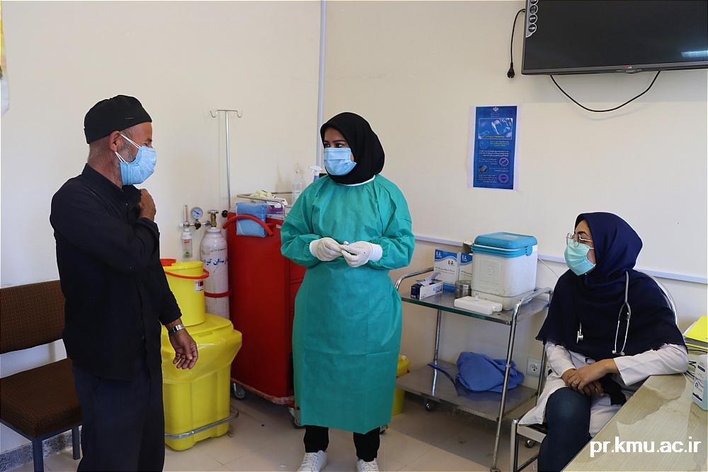 d (8)-گزارشی از روند فعالیت مراکز واکسیناسیون در سه شهرستان راور،کوهبنان و زرند