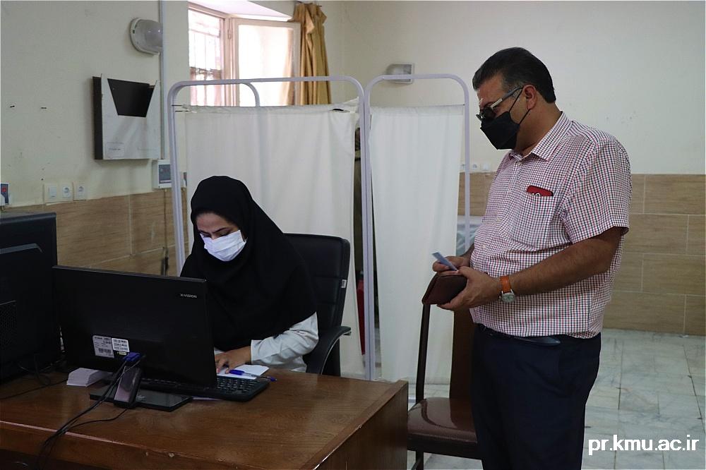 g (4)-گزارشی از روند فعالیت مراکز واکسیناسیون در سه شهرستان راور،کوهبنان و زرند