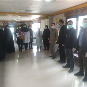عیادت کارکنان بسیجی شهرستان بافت از بیماران بیمارستان خاتم الانبیاء